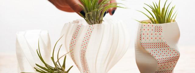 Jak ozdobić osłonki na kwiaty przy pomocy taśm?